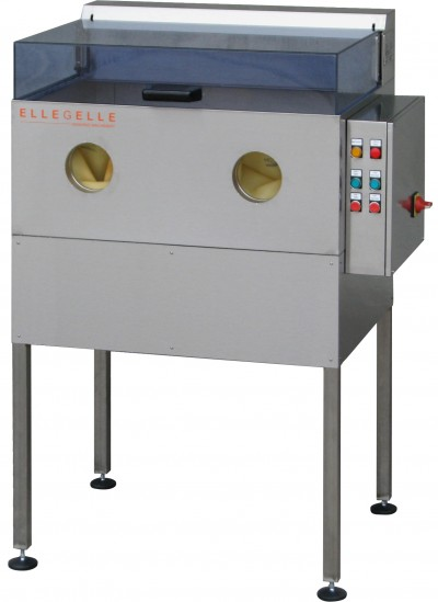 JETMATIC 900 - Cleaning and manual washing for working devices, small and metal parts.