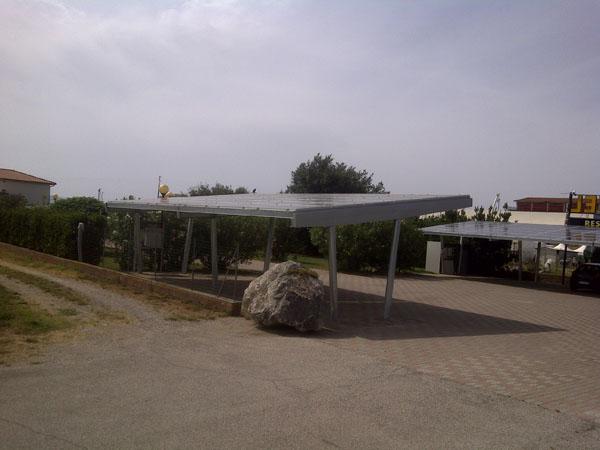Compro Sistema modulare di struttura per parcheggi auto con copertura a mezzo di pannelli fotovoltaici.