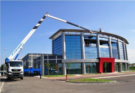 Buy Telescopic truck mounted aerial platform with jib TJJ54