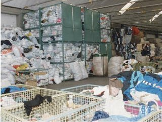 Compro Used Clothing, Shoes and Other Personal Accessories