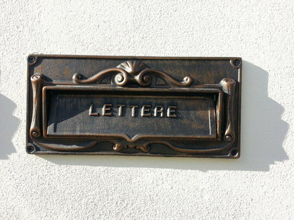 Feritoia o asola per lettere 14X29,5 cm