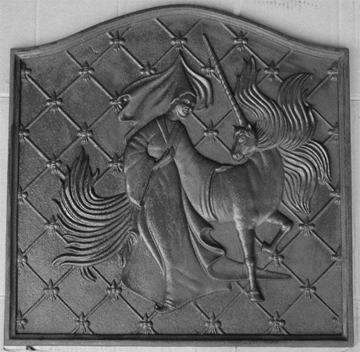 Acquistare Lastra in ghisa ornata Mod. Unicorno 53x53 cma