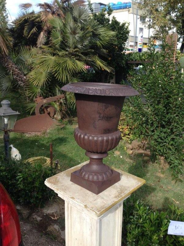 Vaso  o coppa in ghisa diametro 50 cm Altezza 69 cm