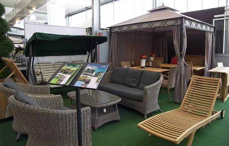 Tavoli, sedie ed arredo giardino in Caravaggio dal negozio on-line ...