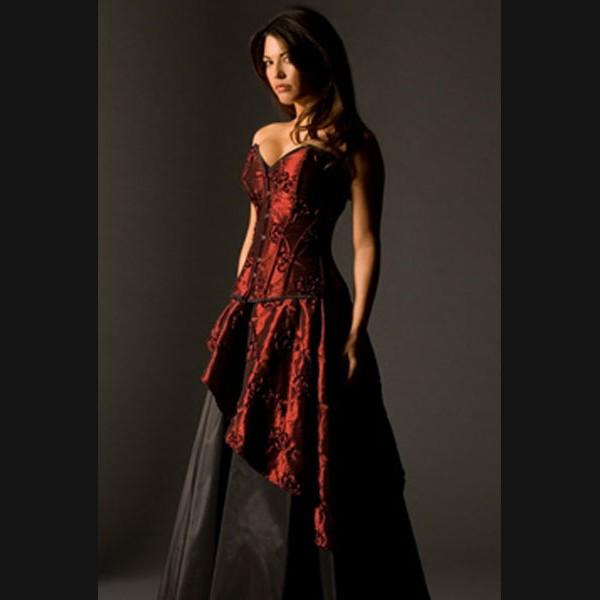 свадебные платья с элементами красного