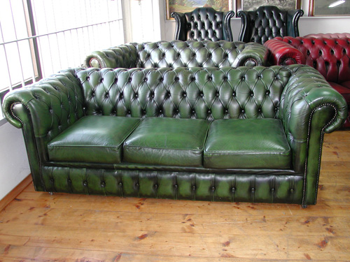 Divano Chesterfield 3 Posti.Art H68 Divano Chesterfield 3 Posti Verde Buy In Bazzano On