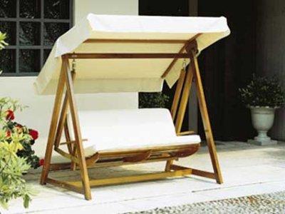 Dondolo Da Giardino Prezzi : Dondolo in legno buy in silvano dorba on italiano