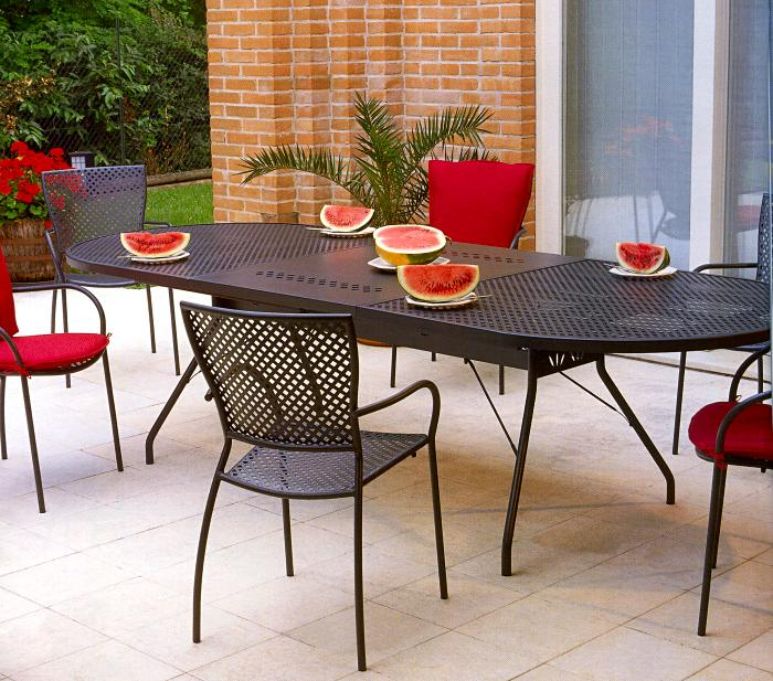 Tavoli e sedie in ferro zincato ? Comprare Tavoli e sedie ...