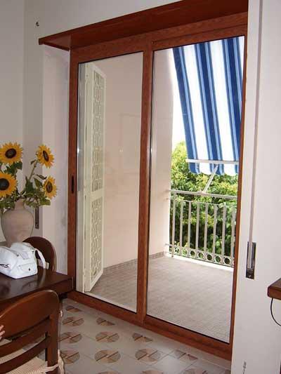 Emejing Porta Finestra Scorrevole Prezzi Contemporary - Home ...