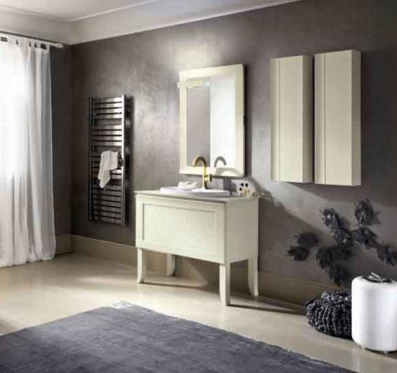arredo bagno in legno verniciato colore bianco