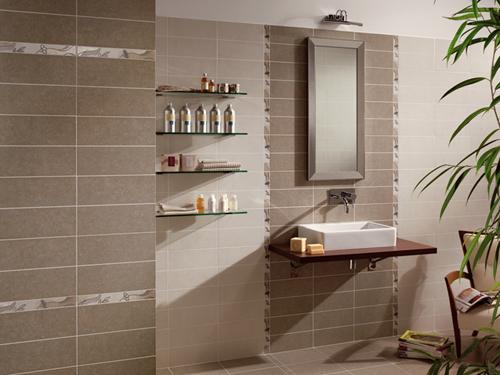 rivestimenti bagno classico piastrelle bagno nero e oro con rivestimento in pietra