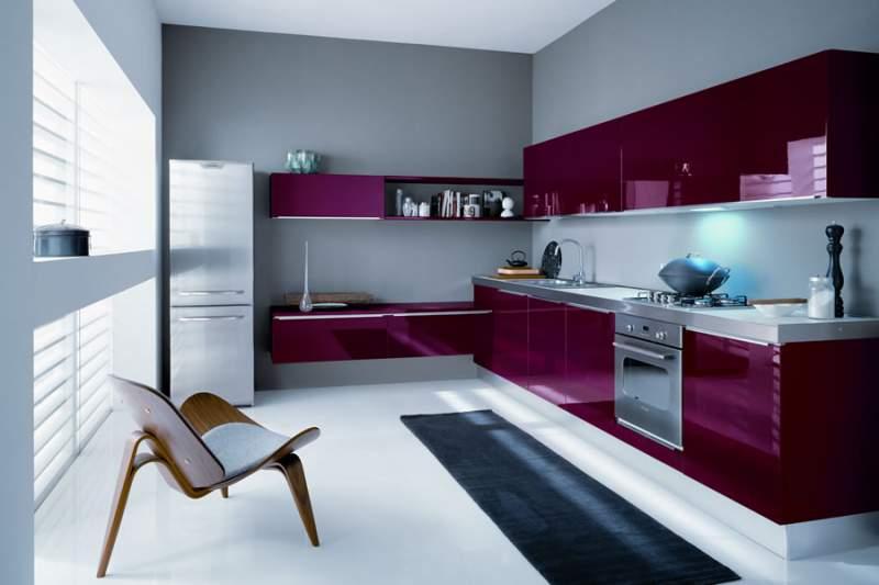 cucina viola laccata
