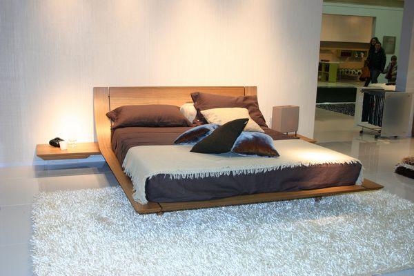 Letti Moderni Legno : Letto mod. aqua presotto in legno multistrato curvato in noce
