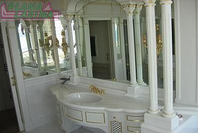 Arredo bagno classico buy in La Valle on Italiano