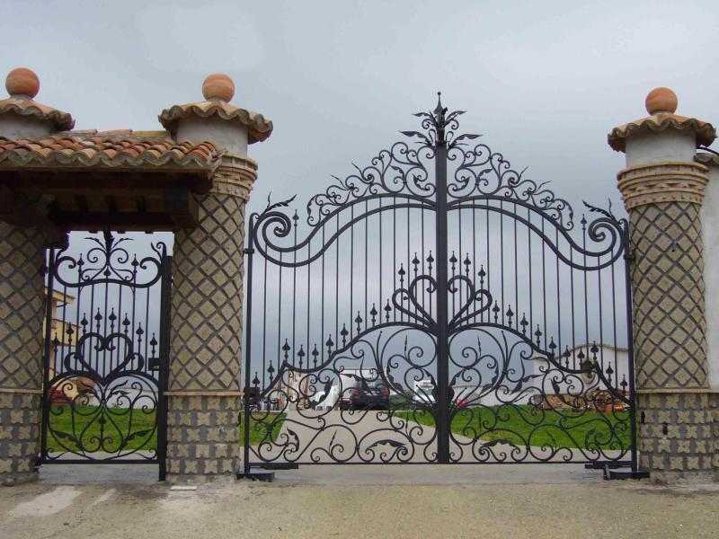 Cancello in ferro battuto buy in Caltanissetta on Italiano