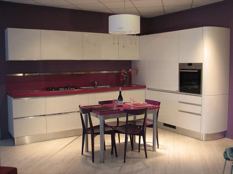 Cucina ad angolo buy in Camaiore on Italiano