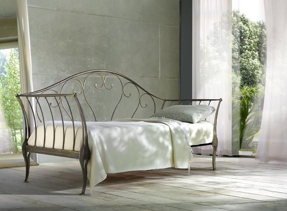 Divano letto ferro battuto bianco: divani letto in ferro battuto