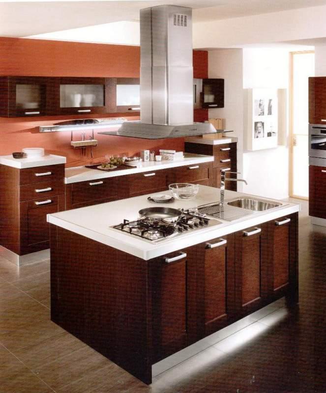 Cucina in legno componibile,con isola buy in Quarrata on Italiano