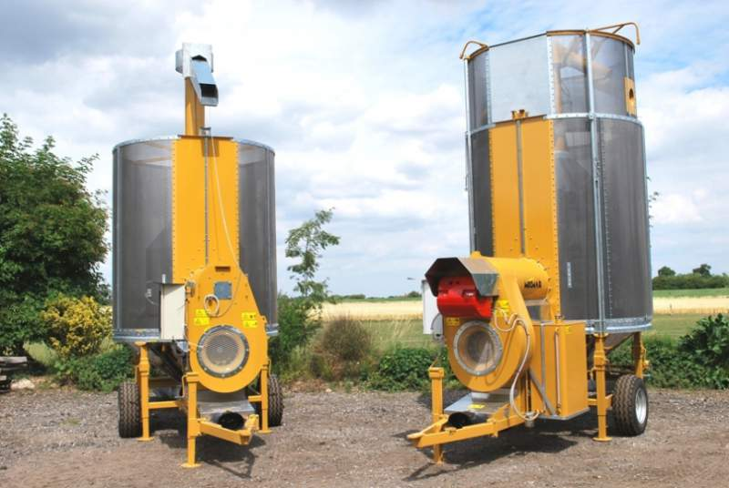 Acquistare Essiccatoi mobili per cereali Mecmar hanno capacita' che vanno dalle 7 a 75 tonnellate. Sono disegnati per soddisfare le esigenze della piccola e media azienda e del contoterzista, dove necessita di una macchina maneggevole e resistente nel tempo