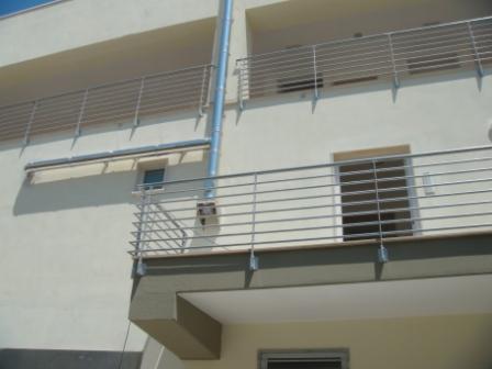 Emejing Ringhiere Per Terrazzi Prezzi Contemporary - Modern Home ...