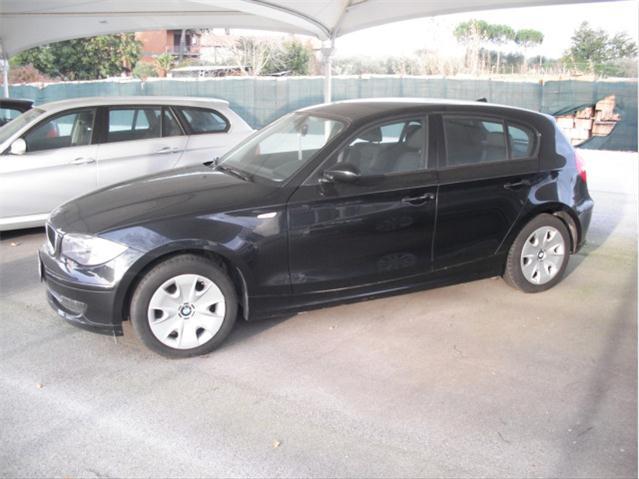 Acquistare Automobile BMW 118 d DPF