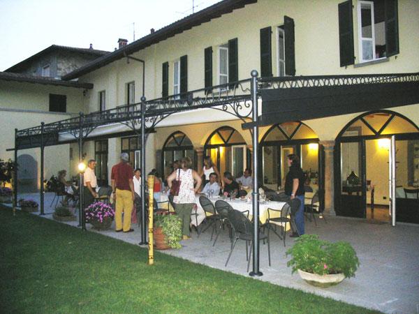 Pergole in ferro buy in Almè on Italiano
