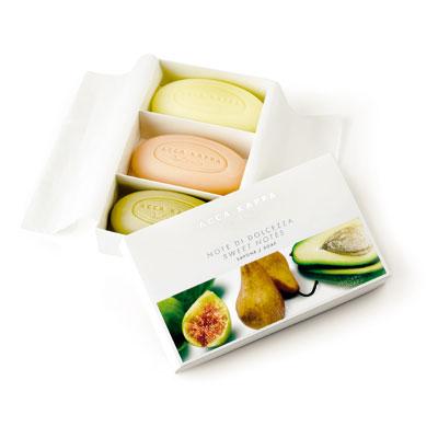 Acquistare Confezione regalo tre saponi Notte di dolcezza cod. 758