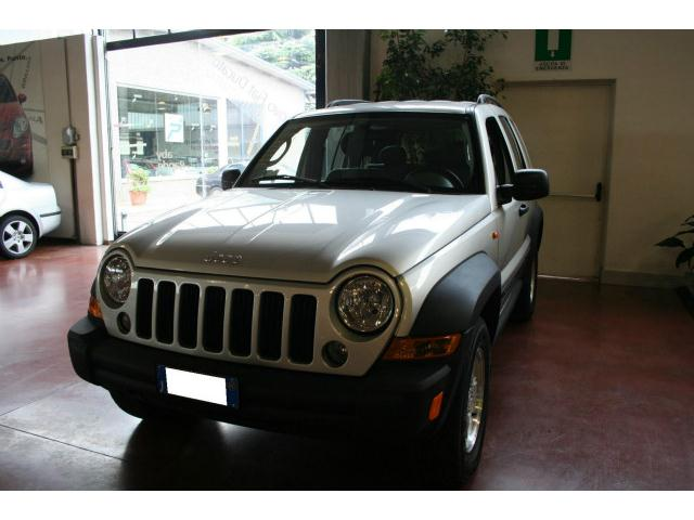 Acquistare Automobile Jeep Cherokee 2.8 CRD Automatik Sport