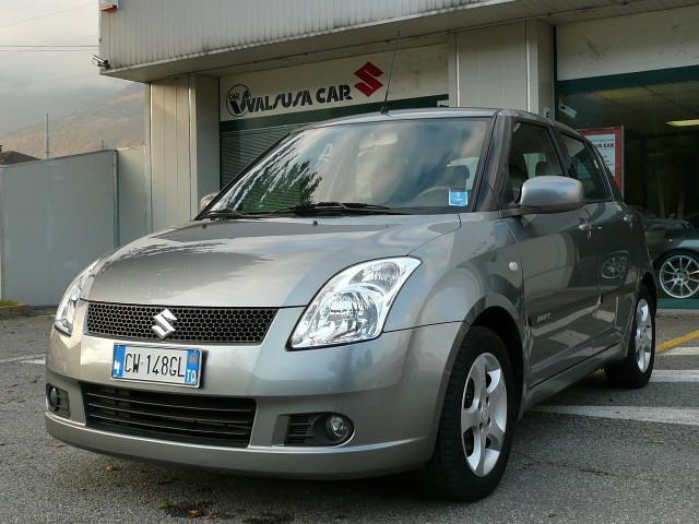 Acquistare Automobile Suzuki Swift 1.3