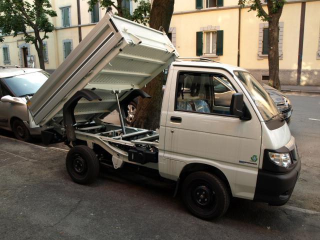 Acquistare Autocarro Piaggio Porter