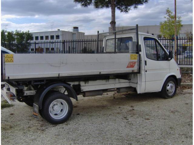 Acquistare Autocarro Ford Transit 2.5