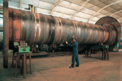 Industrial steam generators