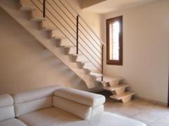 Ridge saddle stairs