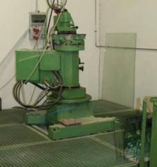 Equipment for glass polishing