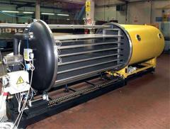 Autoclave for composite materials