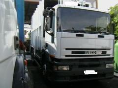 Camion per la raccolta dei rifiuti De Dilectis