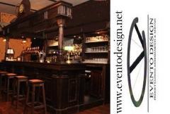 Bancone e sgabello alto per pub con schienale