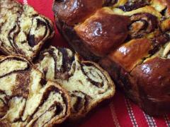 Torta ''Cozonac'' rumena
