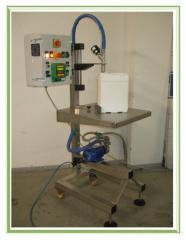 Riempitrice semiautomatica per prodotti chimici e cosmetici