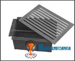 Griglia in ghisa 30x20,6 con Cassetto Raccoglicenere misura 26x16,5 cm h 15 cm