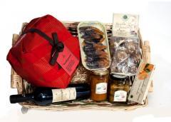 Cesta natalizia Borboni con prodotti tipici siciliani