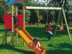 Giochi per esterno, giardini privati o parchi