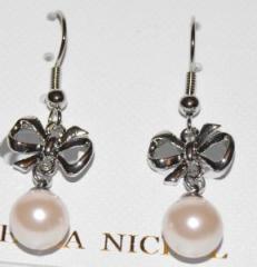 Orecchini fiocco e perla