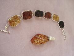 Articole de bijuterie din pietre preţioase