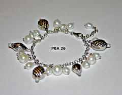 Articles made of pearls