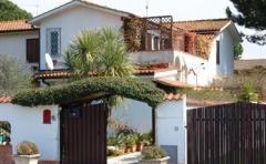 Villa in Vendita a Sabaudia