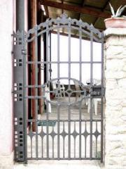 Cancello pedonale in lamiera 01