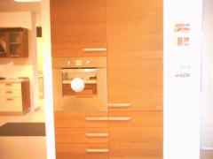Cucina modello Recta impiallacciata Ciliegio...