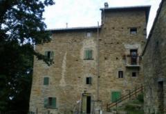 Palazzo / Stabile in Vendita a San Benedetto Val