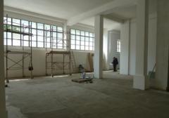 Magazzino in Vendita a Napoli - 350 m²